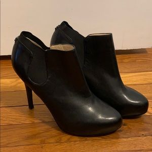 Guess Black Leather Heeled Ankle Booties
